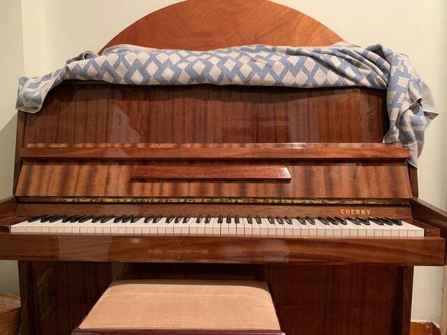 PIANO CHERNY - foto 1