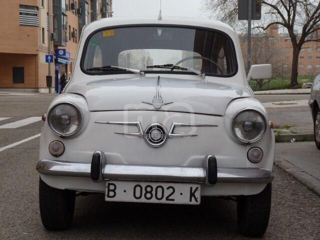 SEAT 600E - foto 2