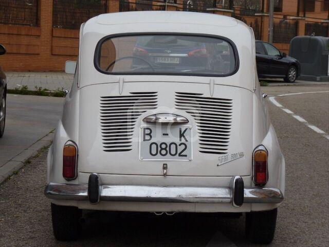 SEAT 600E - foto 4