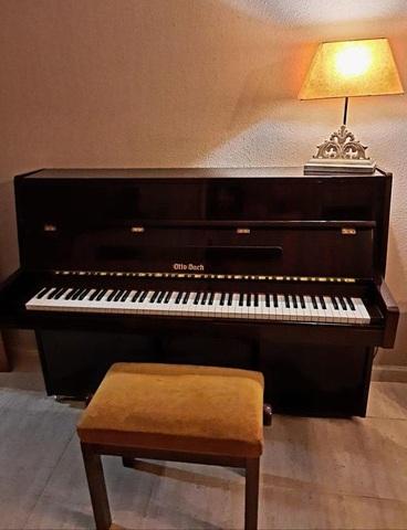 PIANO DE PARED MUY BUEN ESTADO - foto 2