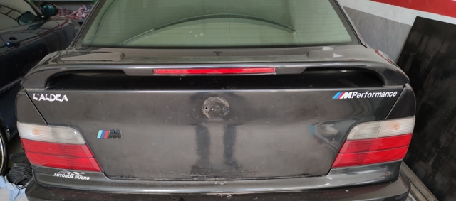 PORTON TRASERO BMW E36 - foto 1