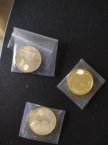 Moneda De Plata 2000 Pts