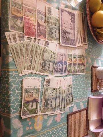 Billetes Y Monedas Se Compran Todo Tipo.