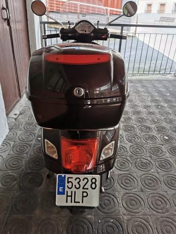 VESPA - GTS 300IE TOURING - foto 6
