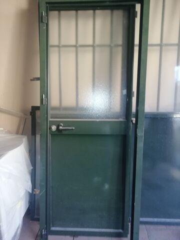 Puerta De Alumnio Verde