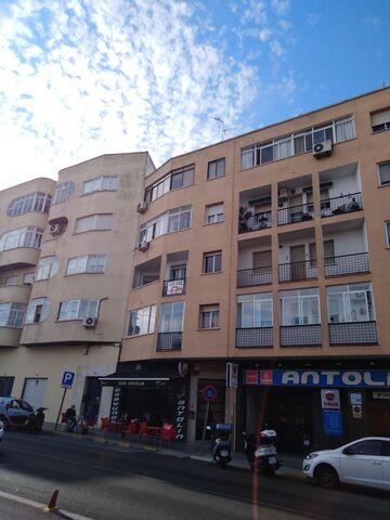 AMPLIO PISO SAN ROQUE.  4 DORMIT.  PATIOS - foto 2