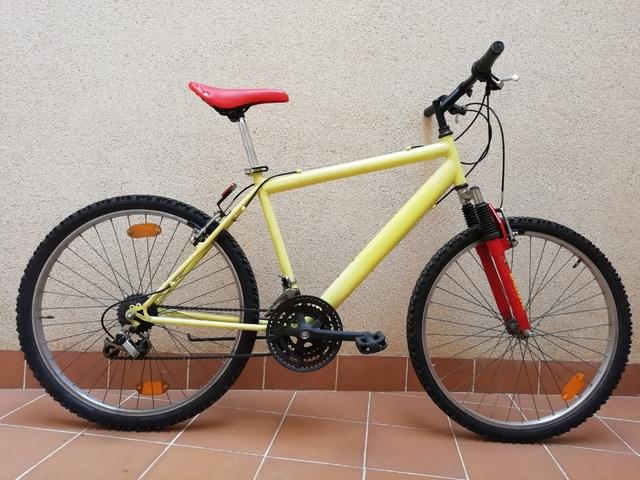 Bicicleta De Montaña Btt Con Suspensión