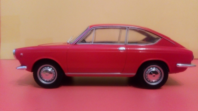 Seat. 850. Coupe.