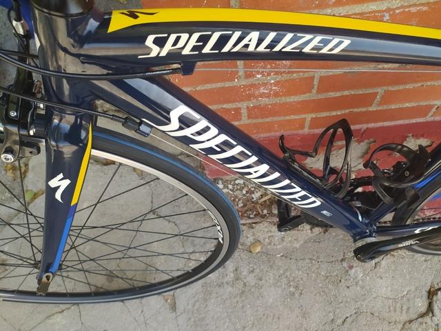 Bicicleta Specialized.