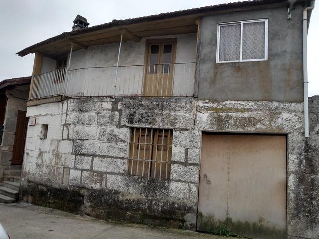 BONITA CASA CENTRO DE LEIRO 212 M2 - foto 1