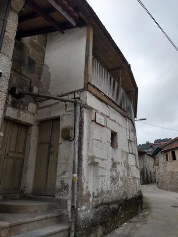 BONITA CASA CENTRO DE LEIRO 212 M2 - foto 4