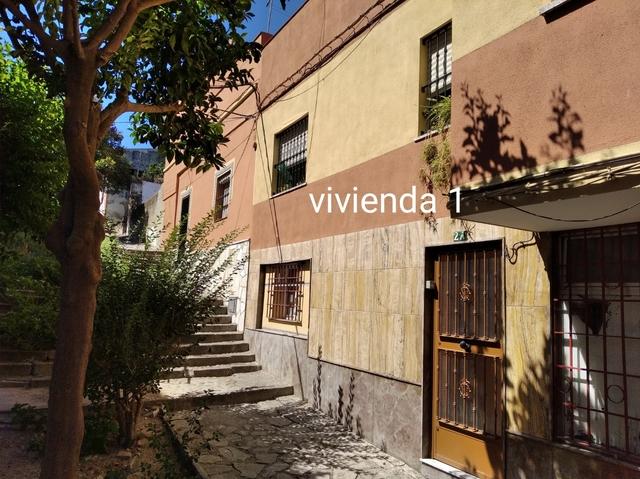 FINCA CON LOCAL COMERCIAL + 2 VIVIENDAS - foto 2
