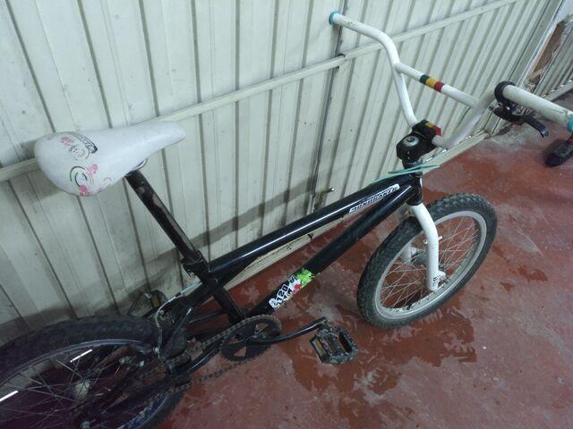 BICICLETA BMX - foto 2