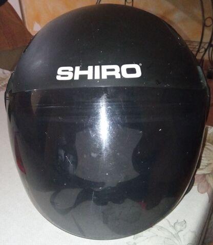 Vendo Casco Marca Shiro,  Negro