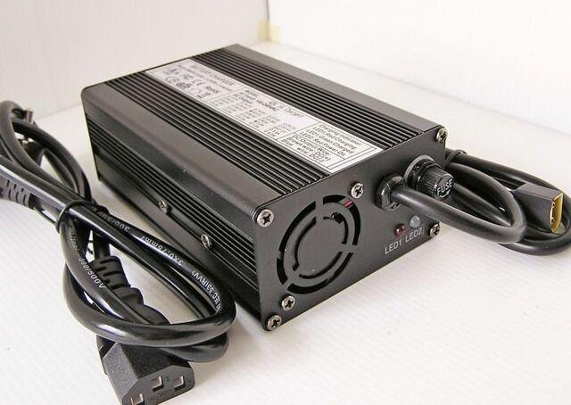 Cargador Baterias Patinete Profesional