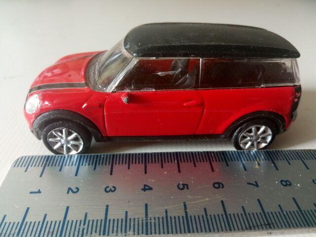 Mini Clubman Rojo Rastar 1/43