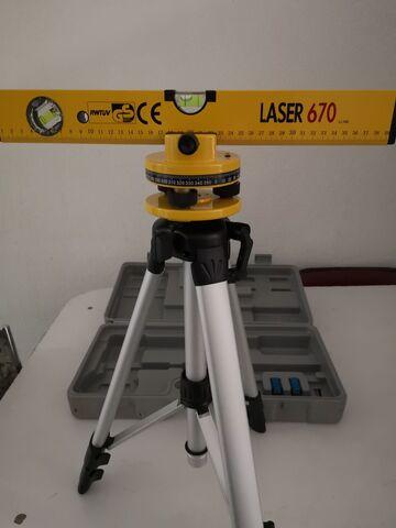 Nivel Laser 670