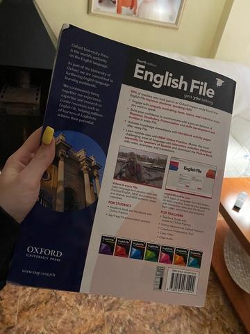 ENGLISH FILE A1/A2 ESCUELA DE IDIOMAS - foto 2