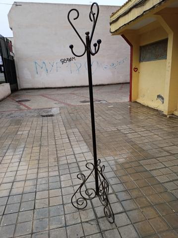 PERCHERO RÚSTICO DE FORJA - foto 3