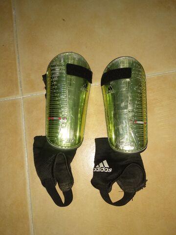 Espinilleras Adidas