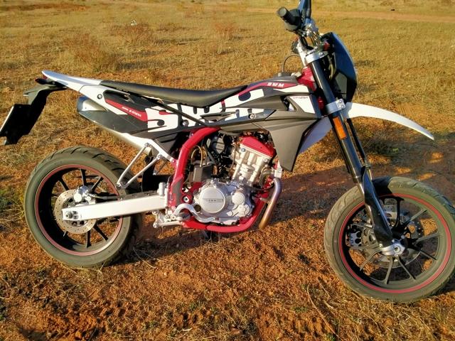 SWM - SM 125 R - foto 1