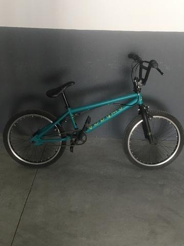 Vendo Bici Bmx En Buen Estado 100