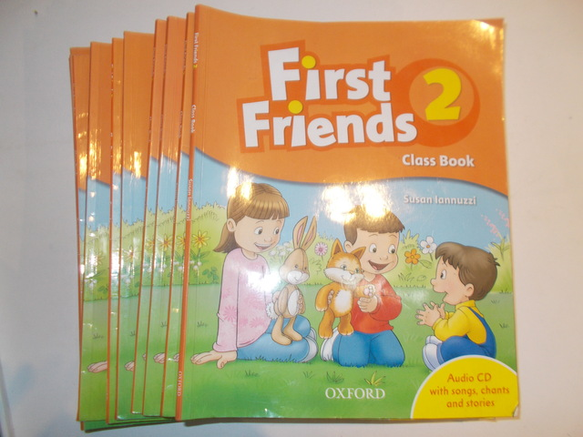 LOTE 5 LIBROS FIRST FRIENDS 1 - foto 1