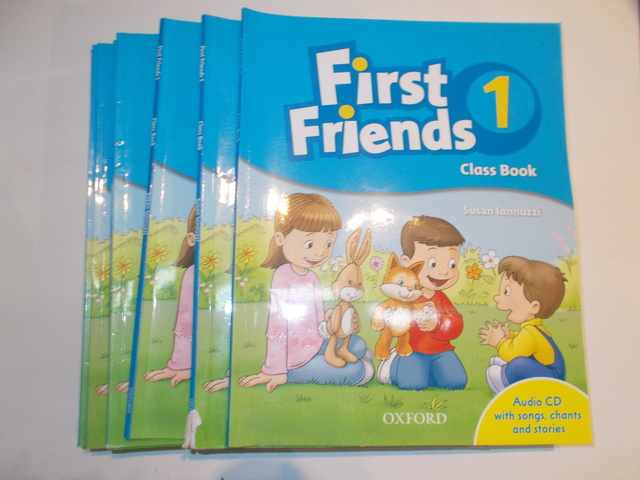 LOTE 5 LIBROS FIRST FRIENDS 2 - foto 1