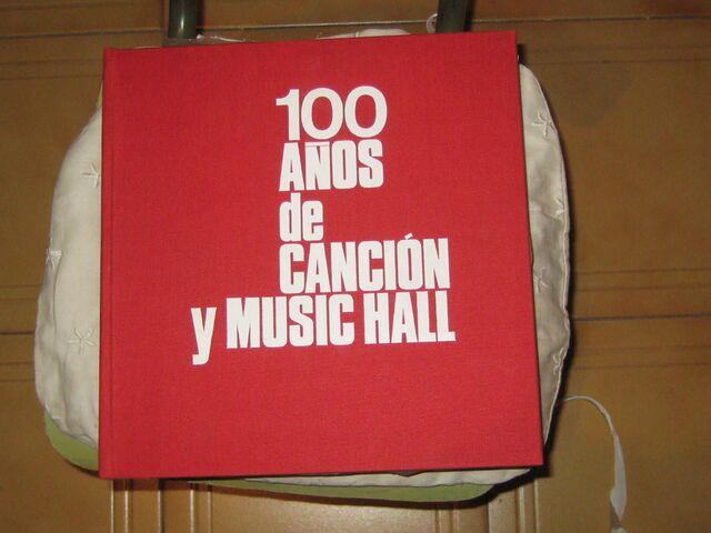 100 AÑOS DE CANCIONES Y MUSIC HALL.  - foto 1