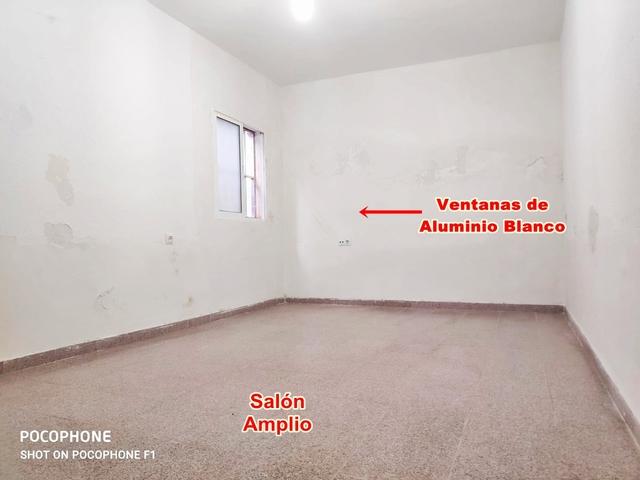 CHOLLO CASA SEMIREFORMADA EN ALMERÍA.  - foto 3