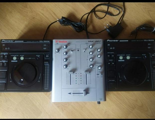 MESA VESTAX VMC-002+ 2 CDJ PIONEER