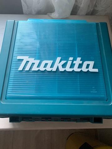 Taladro Makita