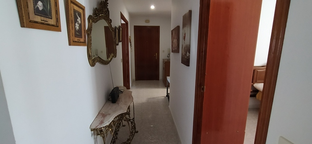 PISO MUY CÉNTRICO SEMI-AMUEBLADO - foto 5