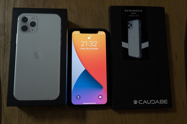 IPHONE 11 PRO 256 GB +FUNDA+POWERSTATION - foto 2