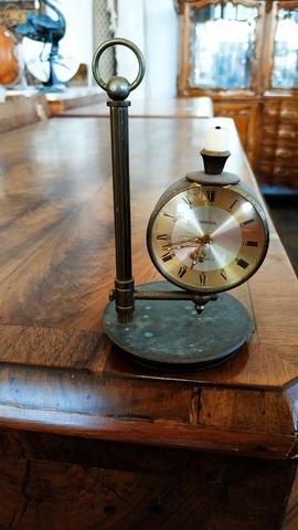 Reloj Despertador Uti