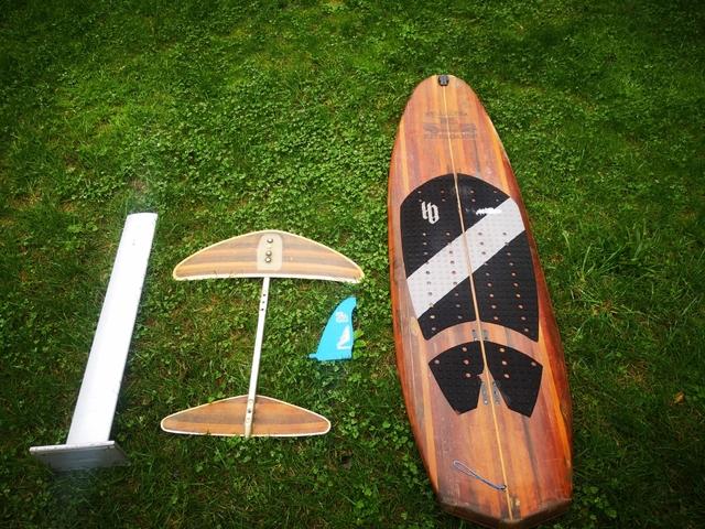 TABLA SURF KITE WAKE + FOIL - foto 1