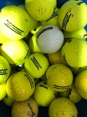 Pelotas De Golf A 20 Céntimos.