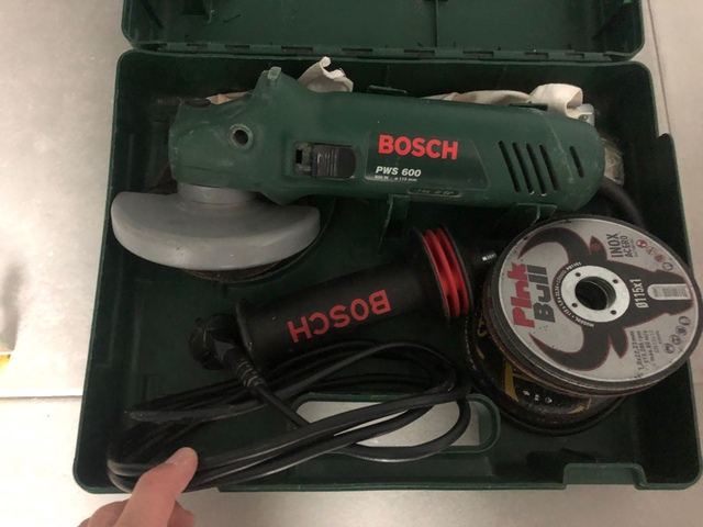 Radial Bosch 600W
