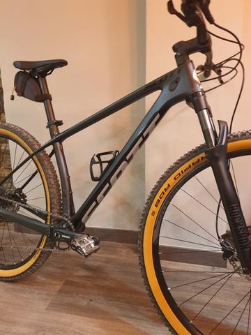 Bicicleta Montaña De Carbono
