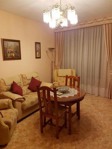 PISO 2º  CERCA DEL HOTEL LAS VILLAS - foto 1
