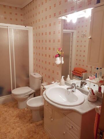PISO 2º  CERCA DEL HOTEL LAS VILLAS - foto 8
