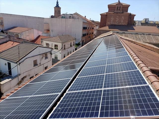 INSTALADORES ELECTRICISTAS AUTORIZADOS - foto 1