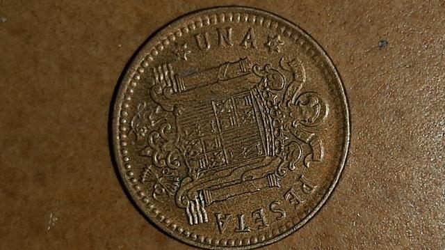 1 Peseta 1966.( 3 Monedas)