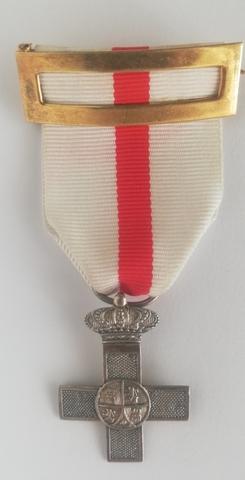 Compro Condecoraciones Medallas Militar