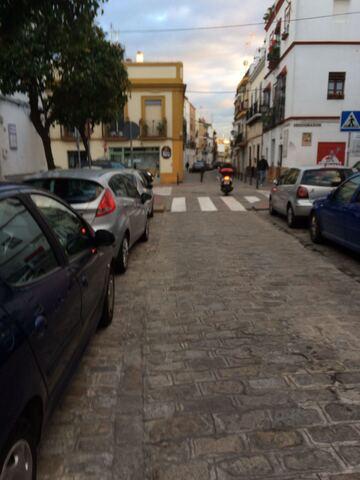 EN TRIANA PRECIO NEGOCIABLE!!! - foto 9