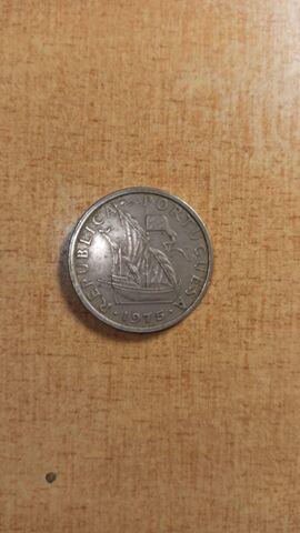 Portugal 5 Escudos-1975