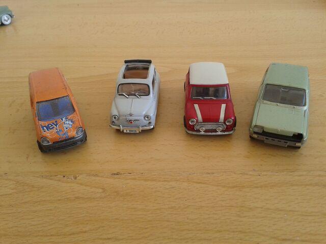 Coche Mini Seiscientos Renault Kangoo