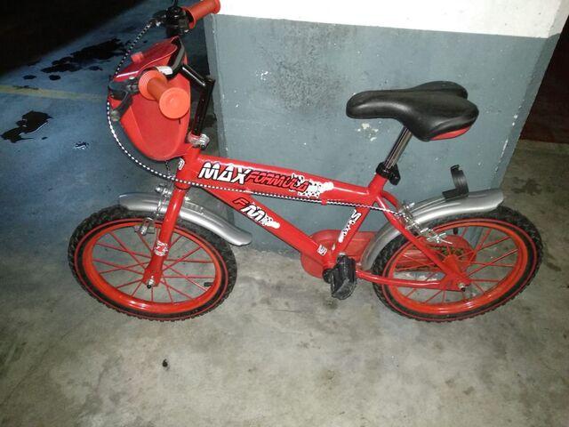 Se Vende Bicicleta Niño O Niña 6 O 7 Año
