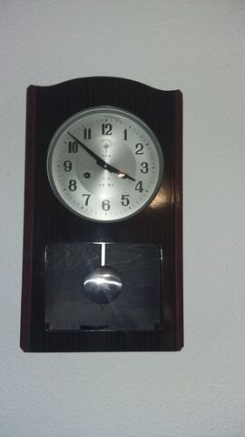 Se Vende Reloj  Clasico  De Pared.