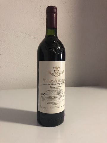 """Vino Vega-Sicilia """"Unico"""" Cosecha 1994"""